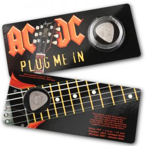 acdc-guitar-pick-plug-me-in-quarter-oz-silber-verpackung